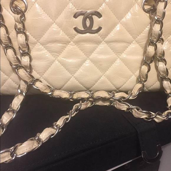 a188ffb9aa9d CHANEL Bags | Patent Leather Cream Yellow Purse | Poshmark